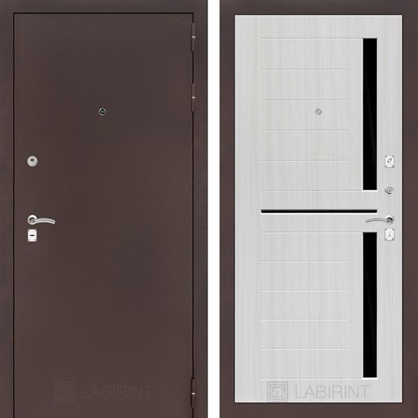 Входная металлическая дверь Лабиринт Классик 2 (Антик медный / Сандал белый)