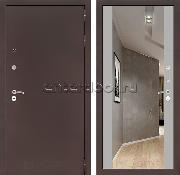 Входная дверь Лабиринт Классик с Зеркалом Максимум (Антик медный / Софт Грей)