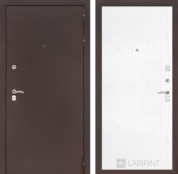 Входная металлическая дверь Лабиринт Классик 7 (Антик медный / Белое дерево)