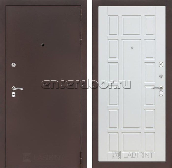 Входная дверь Лабиринт Классик 12 (Антик медный / Белое дерево)