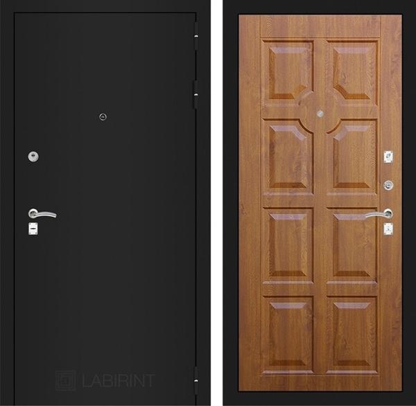 Входная металлическая дверь Лабиринт Классик 17 (Шагрень черная / Золотой дуб)