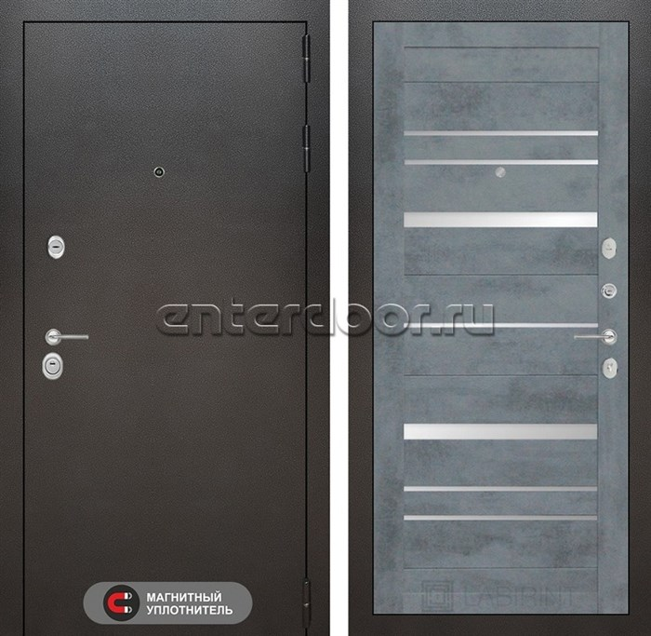 Входная металлическая дверь Лабиринт Сильвер 20 (Антик темное серебро / Бетон темный)